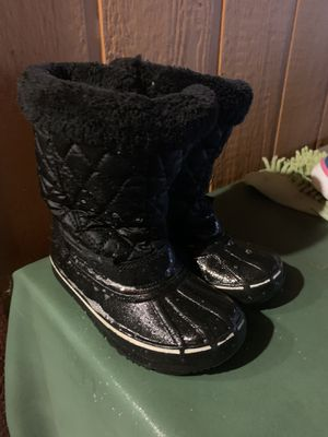 Kid's Snow boots toddler size 11 for Sale in Riverside, CA