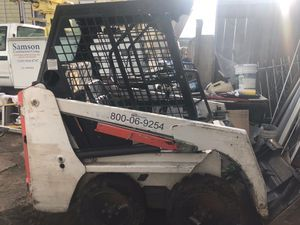 Bobcat S 70 skid steer loader 2015 925 hours. New tires well-maintained $14,900 for Sale in Oakland, CA