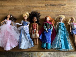 Dolls (moana, Cinderella, elsa, Anna, birthday princess and Barbie) for Sale in Alpharetta, GA
