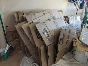 ***FREE MOVING BOXES AND BLANKETS*** for Sale in Cape Coral, FL