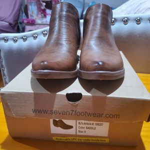 Seven7 Bandera Boots womens size 8 New for Sale in East Hartford, CT