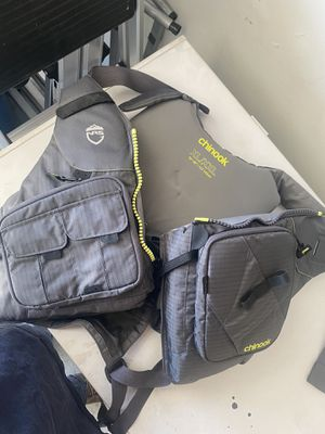 NRS chinook fishing pfd life vest for Sale in Las Vegas, NV