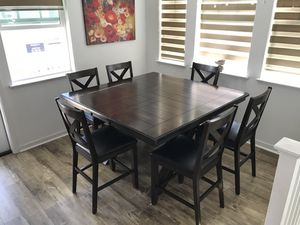 Solid wood dining table set for Sale in Mountain View, CA