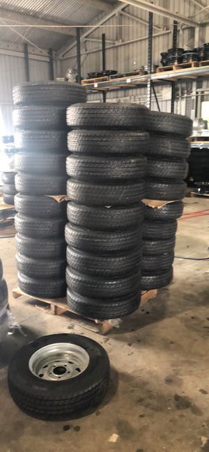 """15"""" 5 lug trailer tires on sale. New radial 205/75/15 on 5 lug silver mod. We install for free for Sale in Plant City, FL"""