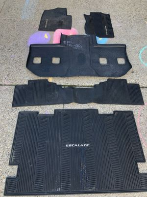 OEM Escalade all weather mats full set for Sale in Fairview, NJ