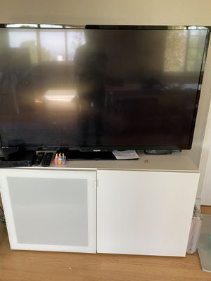 2 or just 1 TV stands for Sale in Los Angeles, CA