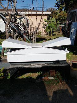 Truck tool Box ( small) 5x2 for Sale in La Puente,  CA