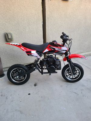 Gas dirt bike 50cc for Sale in Pomona, CA