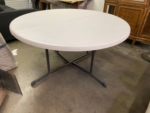Round Folding Table for Sale in Tucson, AZ