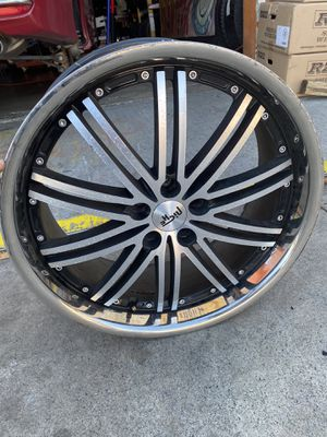 22x9 5x114.3 for Sale in Anaheim, CA