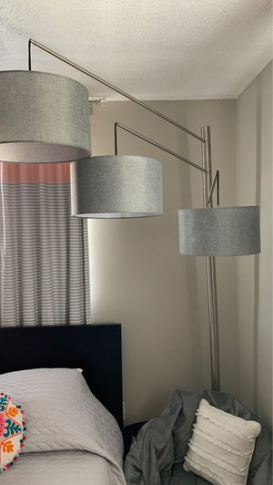3 pendent Floor Lamp for Sale in Clearwater, FL