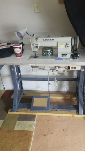 Heavy duty song machine TACSEW T111-155 TACSEW CLUTCH MOTOR for Sale in Boston, MA