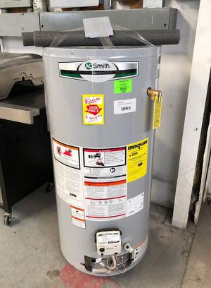 Water heater 40 gallon Z4 for Sale in Saginaw, TX