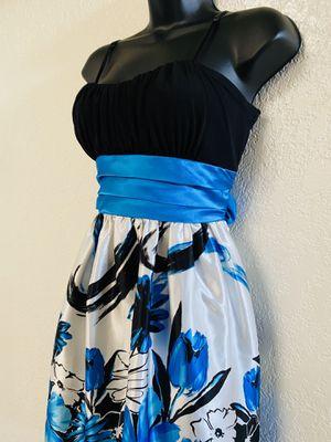 TRIXXI, Multicolored Floral Dress, Size XL for Sale in Phoenix, AZ