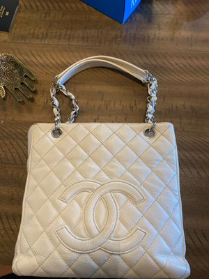 Discontinued Authentic Chanel PST for Sale in Murrieta, CA