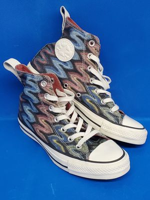 Converse x Missoni High top Calab Unisex Sneaker Men's Size 4 Women's Size 6. for Sale in Lynnwood, WA