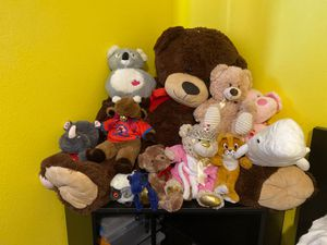 Stuffed Animals (All kinds) Make an Offer ! for Sale in Miami, FL
