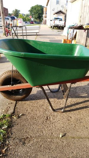 Used wheelbarrow for Sale in East Chicago, IN