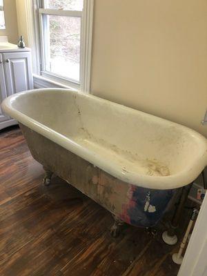 Refinish Bathtub & Kitchen cabinets for Sale in Alexandria, VA