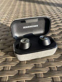 Sennheiser Wireless Headphones for Sale in Palm Beach,  FL