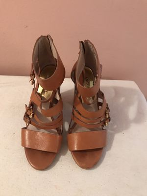 MICHAEL KORS HIGH HEELS SIZE 7M for Sale in Hollywood, FL