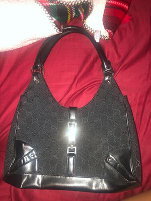 Gucci bag for Sale in Elgin, SC
