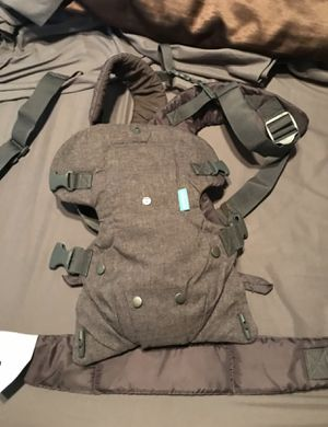 Infantino infant carrier for Sale in Hudson, FL