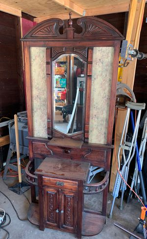 Ornate Antique Foyer Cabinet for Sale in Chicago, IL