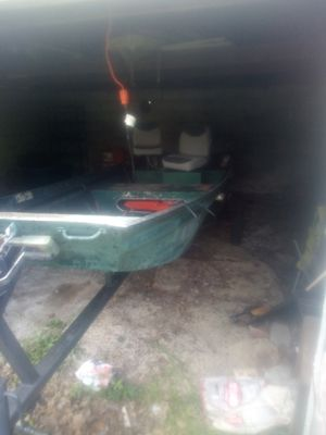14 ft Jon boat for Sale in Carterville, IL