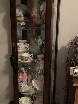 Curio cabinet full of Antique China for Sale in Bay Harbor Islands, FL