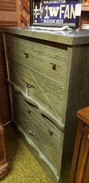 Vintage Mid Century Dresser for Sale in Tacoma, WA