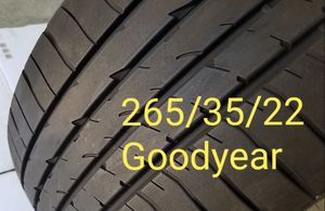 1x Tire 265/35/22 Goodyear for Sale in Los Angeles, CA