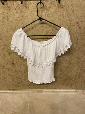 White lace shirt/blouse (s) for Sale in Arlington, TX
