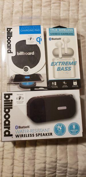 Billboard speaker, charger and ear bud set for Sale in Fort Lauderdale, FL