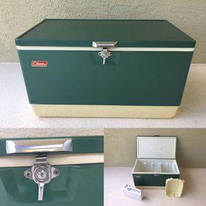 Vintage Coleman cooler, large. for Sale in Apopka, FL