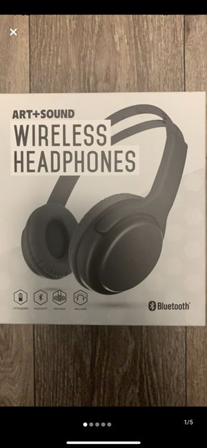 Bluetooth headphones for Sale in Horn Lake, MS