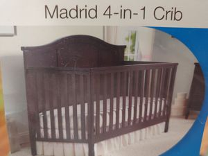 Baby crib. Delta beand for Sale in Modesto, CA