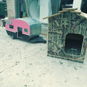 Dogspeed dog / cat / pet house retro vintage camper trailer for Sale in San Antonio, TX