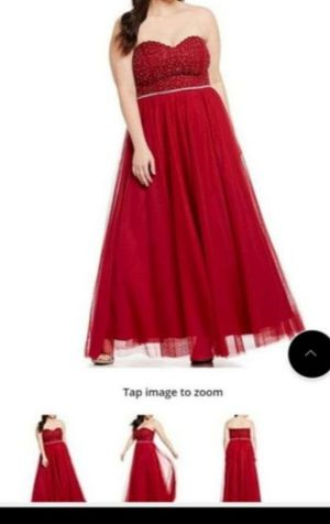 Beautiful prom evening homecoming dress plus size for Sale in Orlando, FL