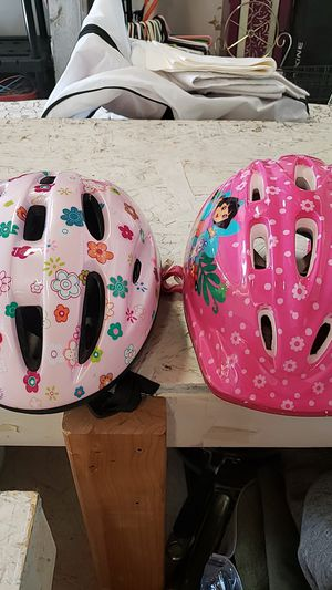 Girls bike helmet for Sale in Gresham, OR