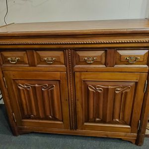 Beautiful Antique Solid Wood Cabinet for Sale in Aurora, CO