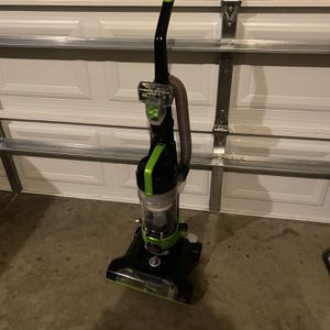 Bisse ll Po werForce Helix Turbo Rewind Vacuum Cleaner for Sale in Garner, NC