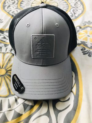 Adidas men's snap back for Sale in New Port Richey, FL