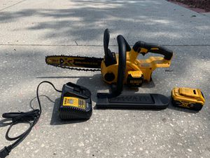 DeWalt Cordless 12 in. Brushless Chainsaw for Sale in Palm Harbor, FL