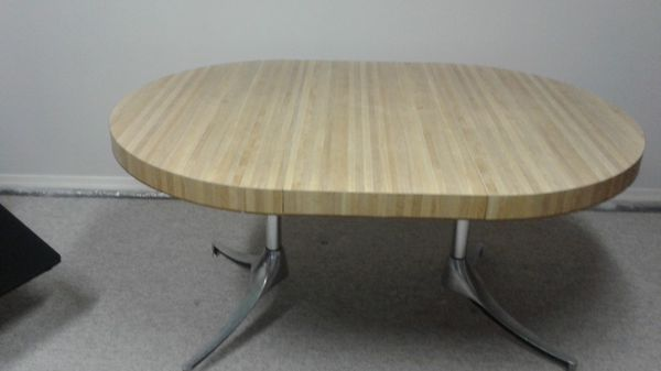 Dinette table with 3 free chairs