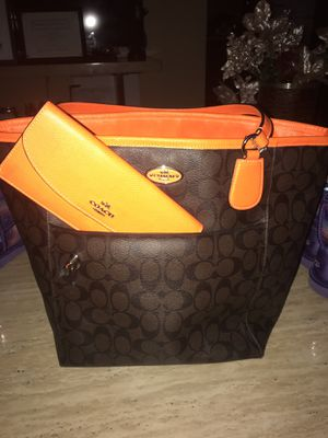 COACH handbag; orange & brown for Sale in University Park, IL