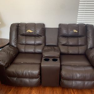 Free Recliner Couch for Sale in Newhall, CA