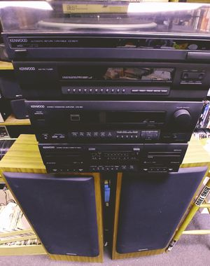 Kenwood stereo system excellent condition for Sale in St. Louis, MO