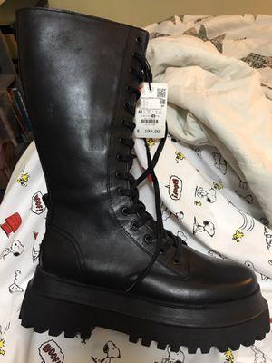 Zara boots NWT for Sale in Lewis Center, OH