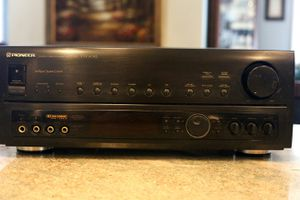 Pioneer VSX604S POWERHOUSE Home Theater reveiver for Sale in Lynn, MA